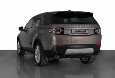 SUMMER OFFER • 0% DP • 1,850×36 PM • 2015 Land Rover Discovery Sport HSE Luxury+ Si4 2.0TC 4WD • GCC