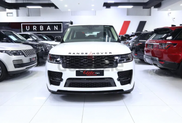 ((ONLY 100KM)) 2018 RANGE ROVER VOGUE SE SVO GCC SPECS UNDER WARRANTY AND SERVICE CONTRACT