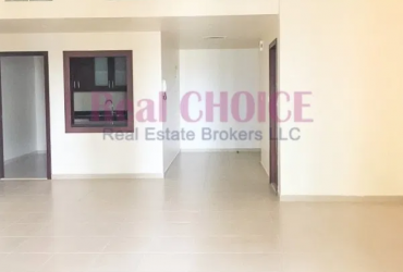 Middle Floor Apartment|Spacious Vacant 2BR