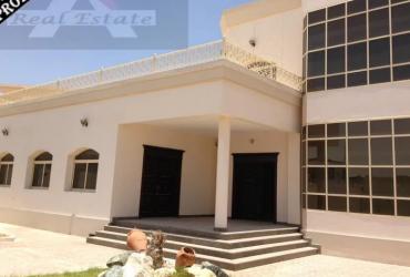 7 Rooms Villa TOLET (Details Below Mentioned )