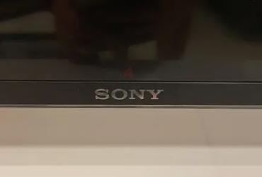 Sony 4K HDR TV KD-43X8000D